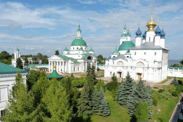 города Золотого Кольца России весной
