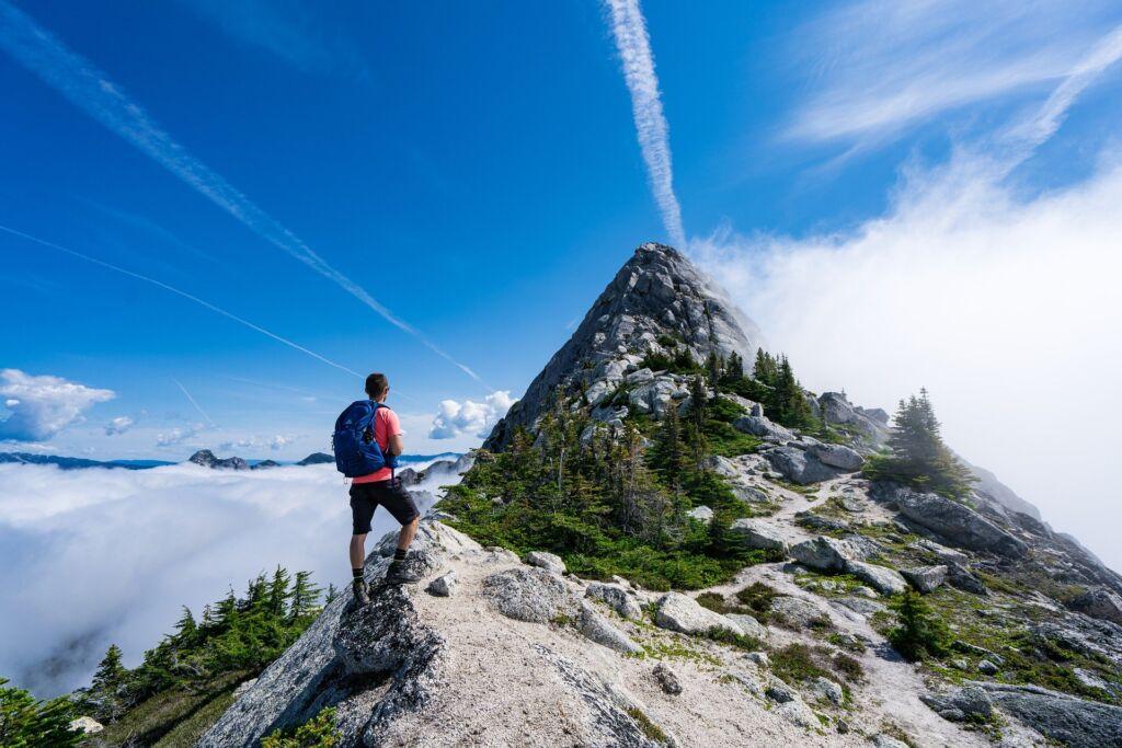 Про туризм в 2021 году. Чего ждать и как себя вести в поездке?