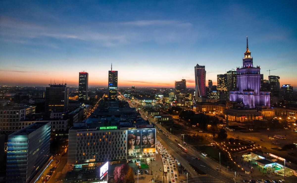 Самые дешевые города Европы. 4-е место. Варшава. Польша.
